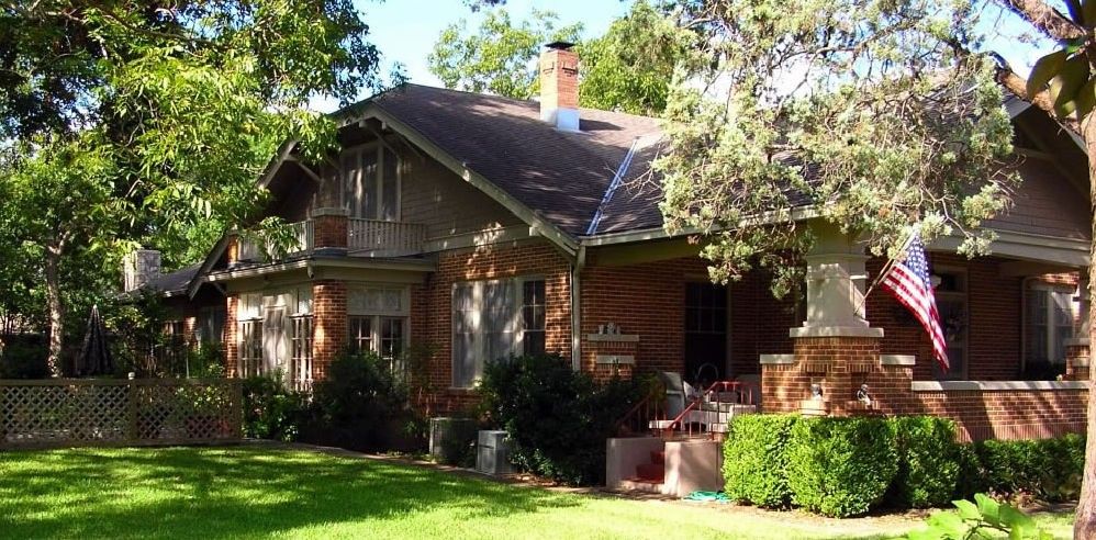 Magnolia-House-in-Fredricksburg-Texas