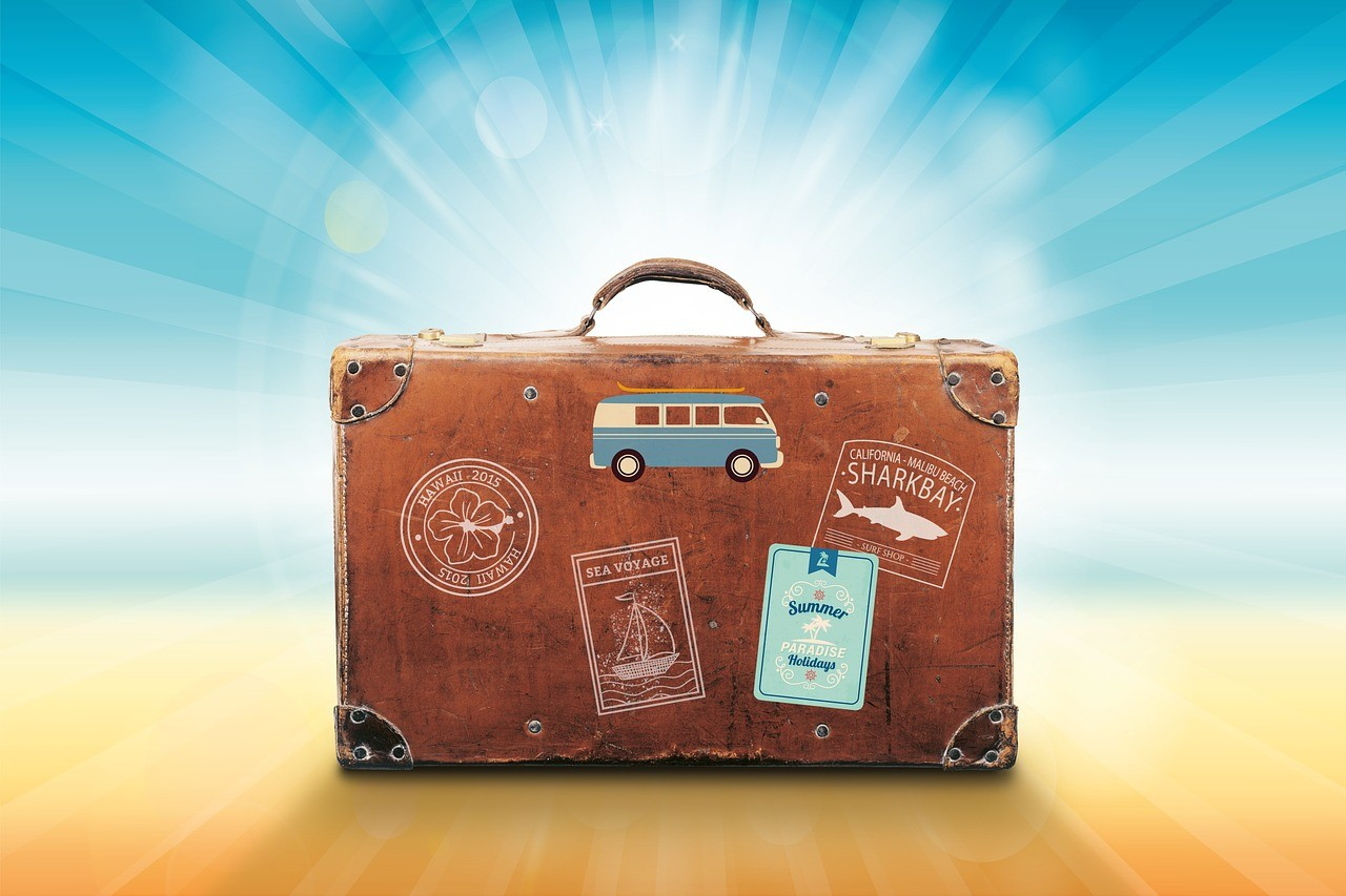 smart-luggage-with-travel-factory