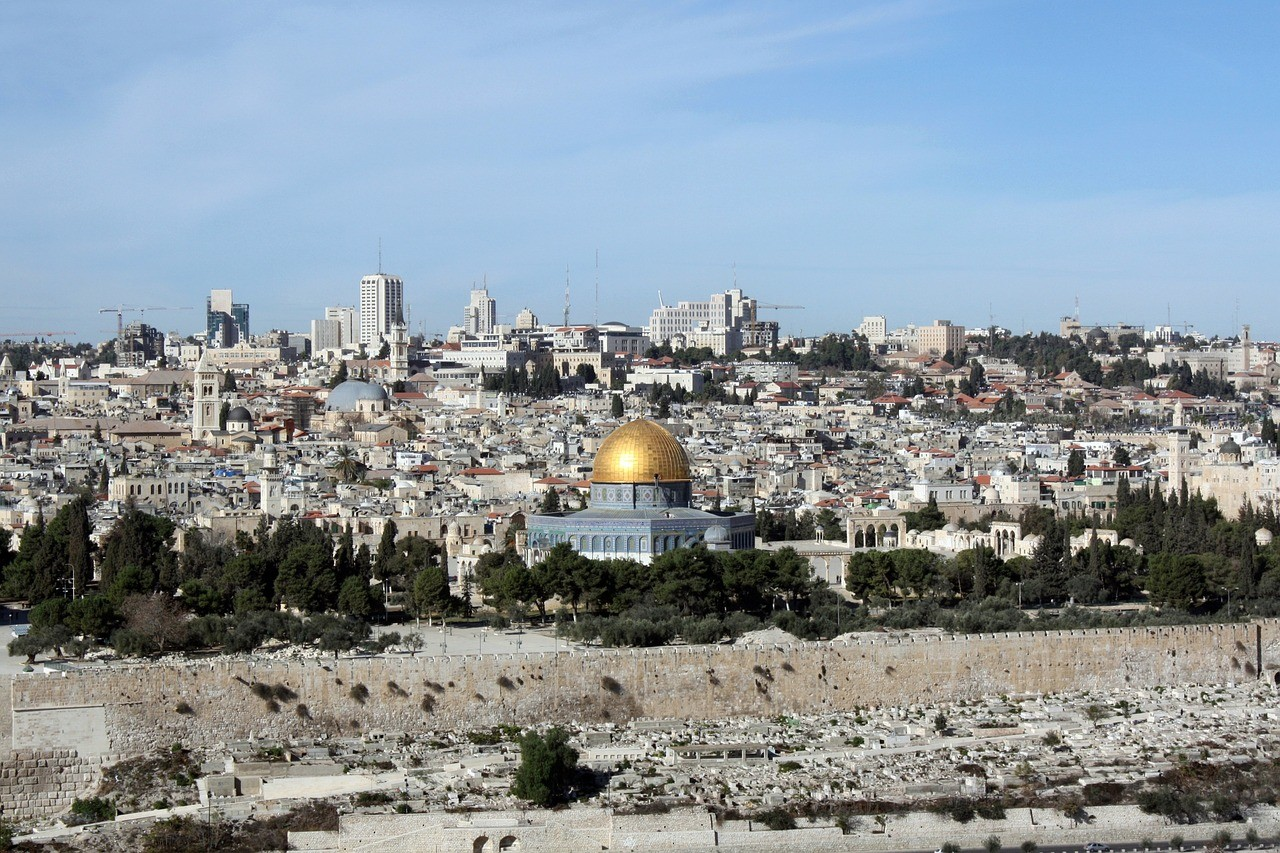 a-guided-tour-of-the-holy-land-with-the-travel-factory