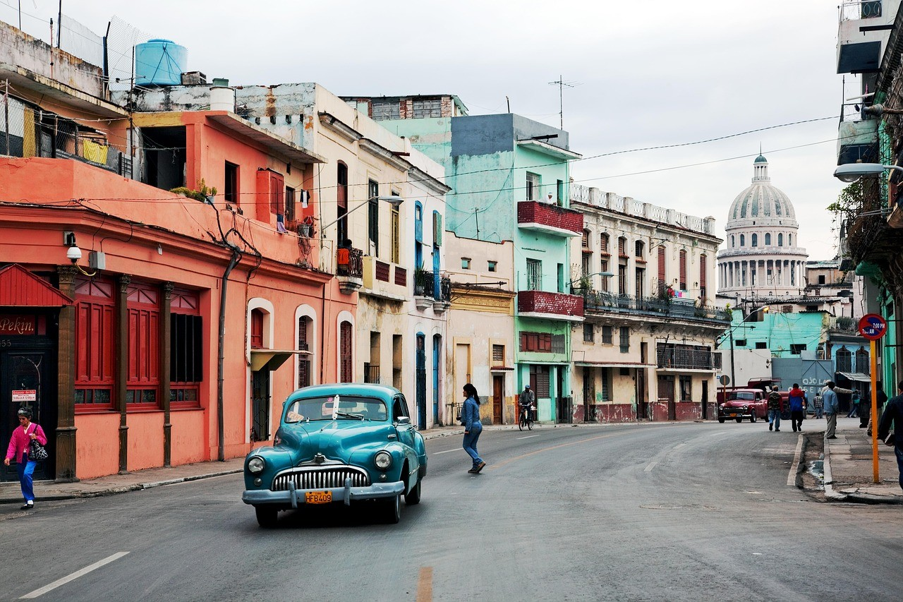 US-Government-Places-Travel-Restrictions-To-Cuba---The-Travel-Factory