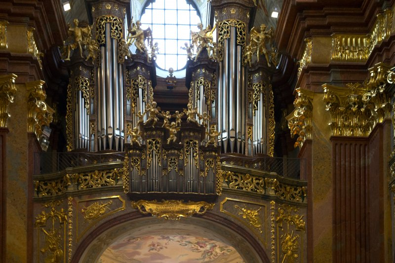 2824_melk_abbey_church_organ